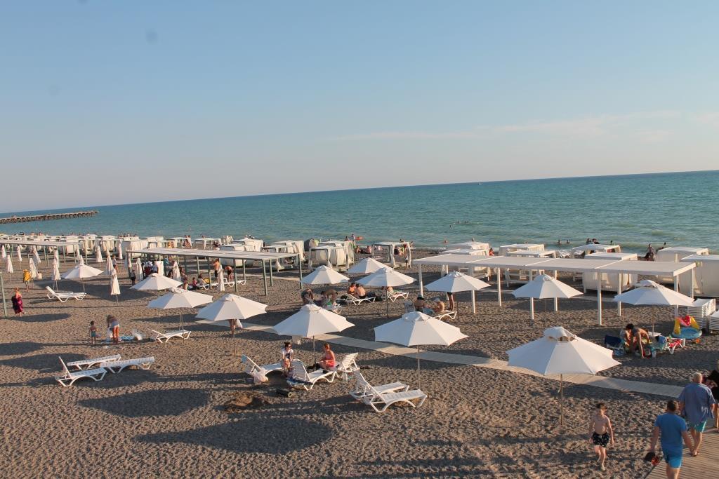 Отдых на берегу чёрного моря